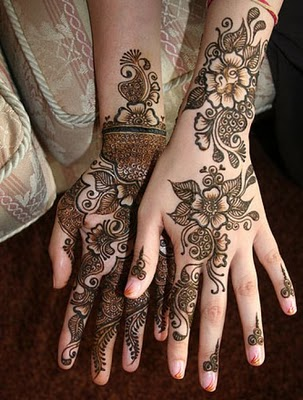Mehndi Design » Arabic Mehndi Designs on front and back side of hand