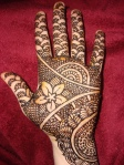 Arabic Mehndi Designs on left Hend